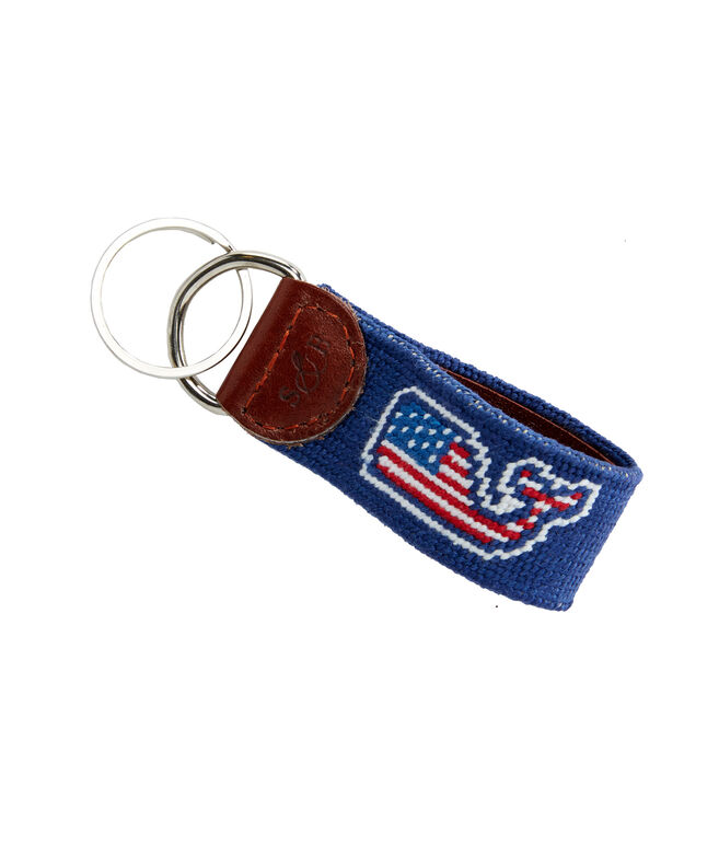 vineyard vines x Smathers & Branson Flag Whale Needlepoint Key Fob