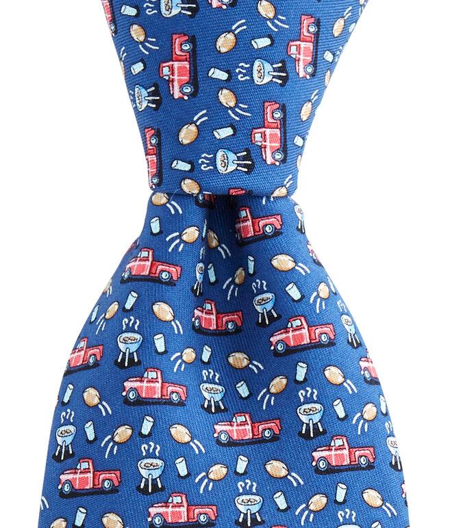 Tailgate Tie
