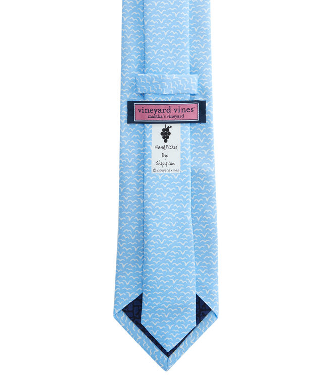 Simple Seagull Tie