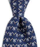 New York Yankees Logo & Bat Tie