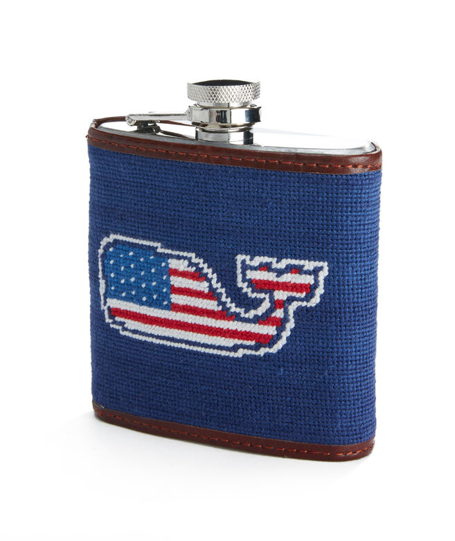 vineyard vines x Smathers & Branson Flag Whale Needlepoint Flask