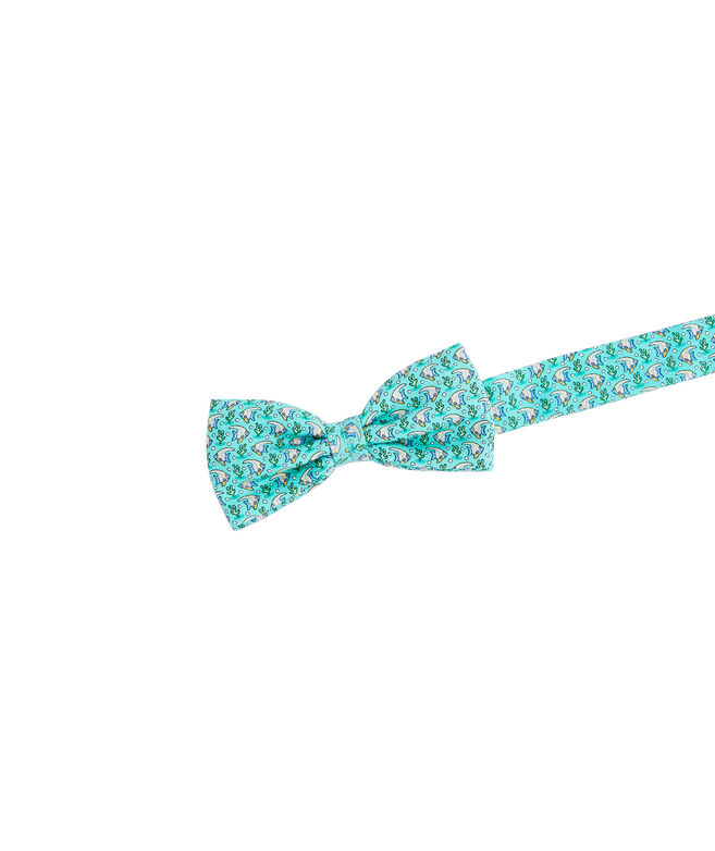Shop boys angel fish bow tie at vineyard vines for Fish bow tie