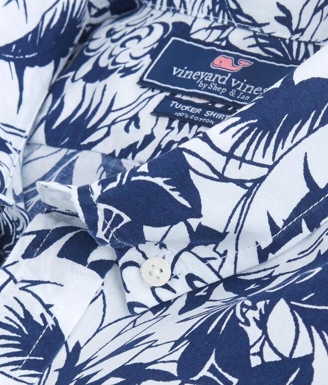 Short-Sleeve Tropical Print Slim Tucker Shirt