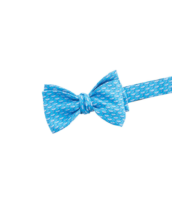 Whale Tail Bow Tie
