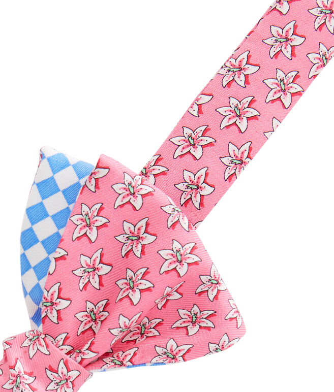 Lillies 2-Panel Bow Tie