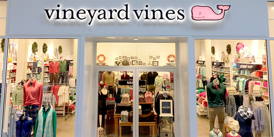 0b149c9712c Vineyard Vines Location