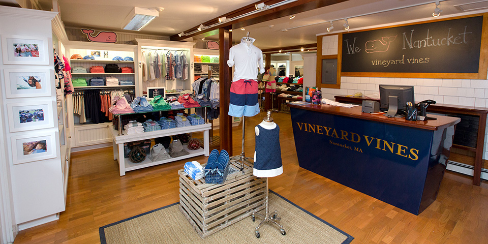 9555b20672f vineyard vines - Nantucket